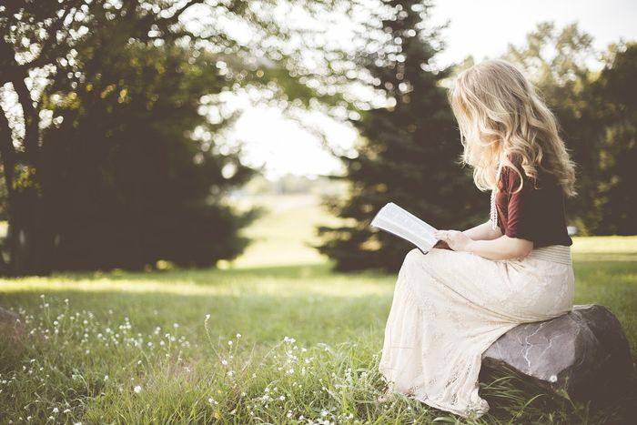 добро възпитание маниери момичета учтивост грижа за себе си социален натиск стереотипи самооценка самочувствие увереност в себе си