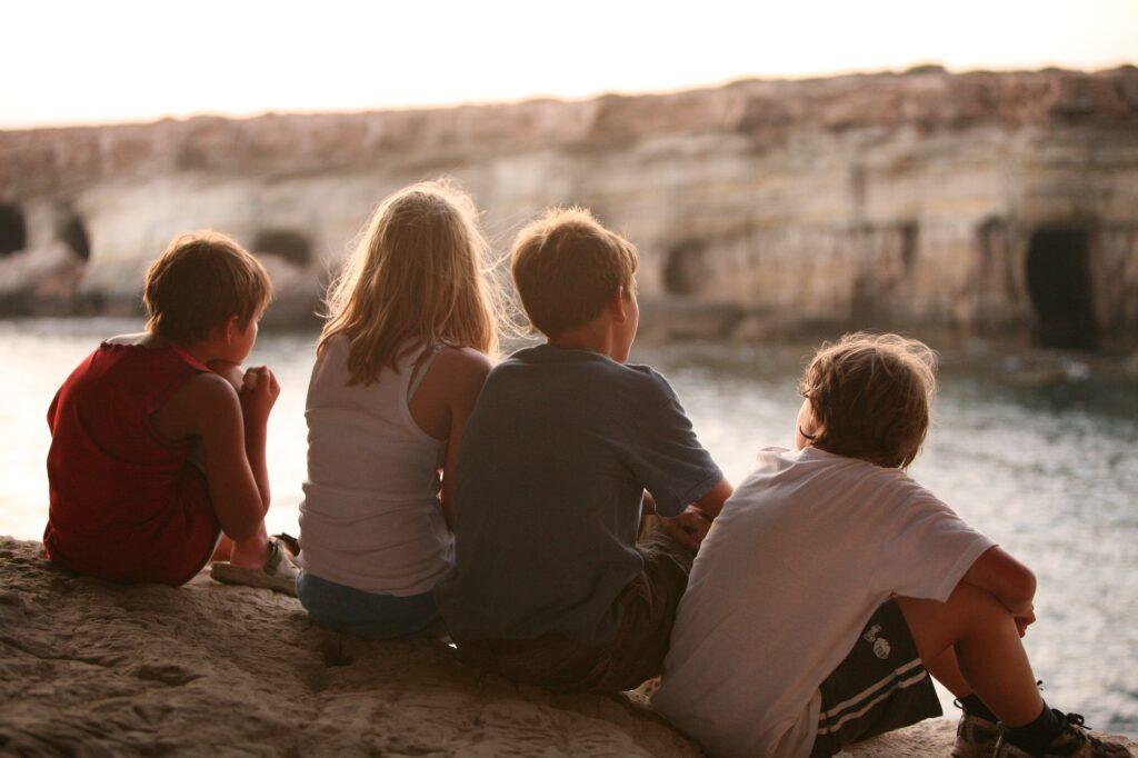 Приятели деца стрес