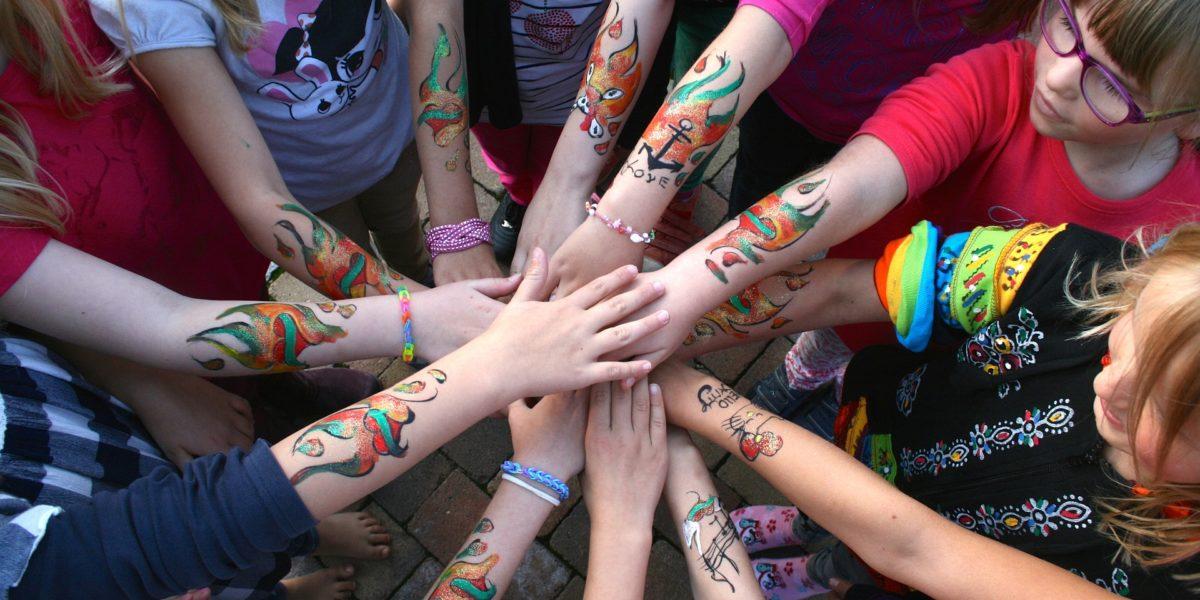 момичета суперсила самооценка самочувствие умения вяра в себе си